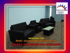 sewa sofa hitam double
