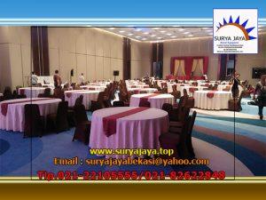 Sewa Meja Bulat Cover Putih Dengan Kualitas Standar Hotel