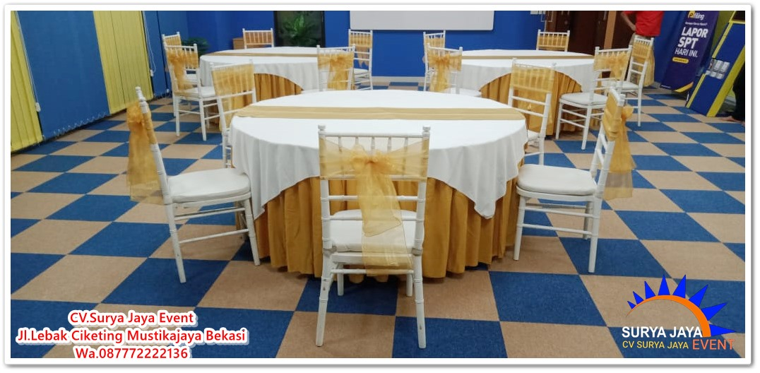 Sewa Meja Bulat Dan Kursi Tiffany Berkualitas Siap Kirim